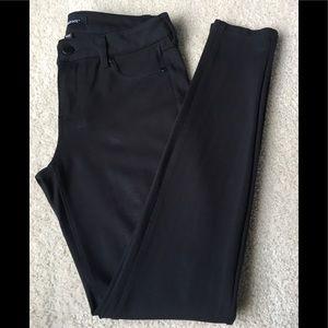 Liverpool Black 🖤 Skinny Legging size 4/27